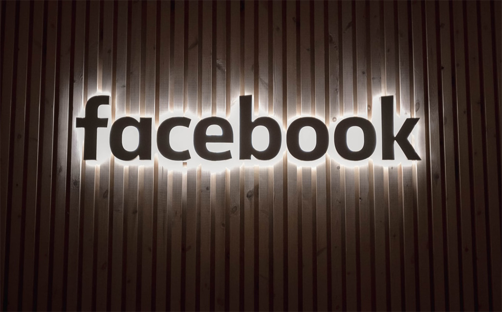Facebook logs in Jio and What it means for India
